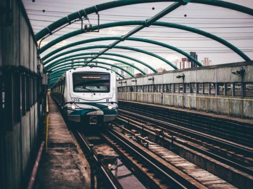 Решения для железнодорожного транспорта и метрополитена